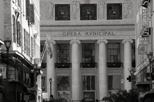 Le grand théâtre au bout de la rue beauvau où les Romantiques oubliaient l'Orient.