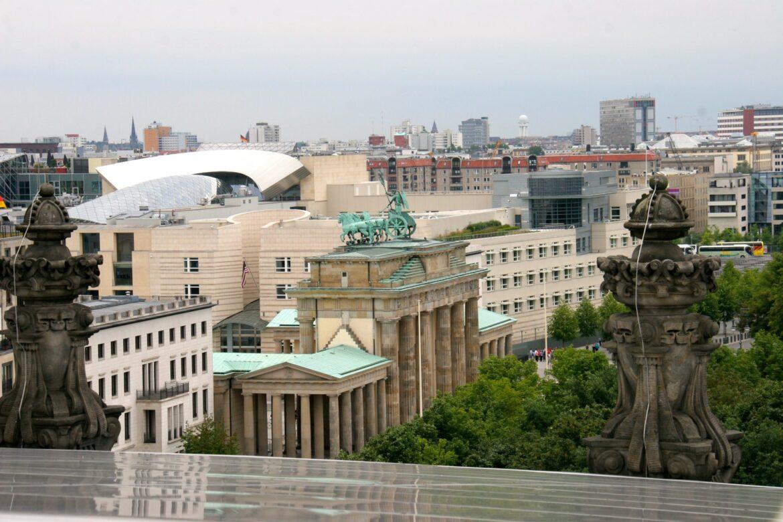 Nos balades littéraires à Berlin s'adressent aux visiteurs et flaneurs francophones, avides de nouvelles découvertes.